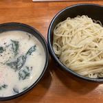 牡蠣クリームつけ麺