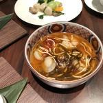 酸辣スープと自家製豆腐の麻婆豆腐