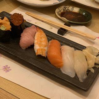 お寿司7貫と本格和食の飲み放題コース