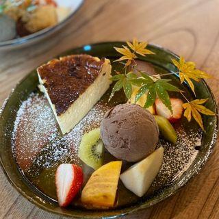 バスクチーズケーキ(カフェドミーミ(Café de mimi))