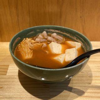 豚バラ肉とうふ キムチ味(立ち飲みちょい呑み 海)