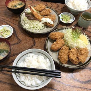 カキフライ3+コロッケ2(とんかつ藤芳 本店 )