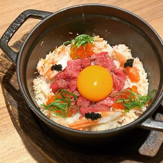 土鍋ごはん 和牛+蟹(焼肉 うしみつ一門 目黒店)