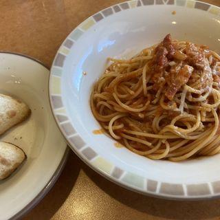 パルマ風スパゲティ+セットフォカッチャ(サイゼリヤ 尼崎下坂部店 )