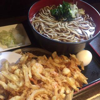 天ぷらそば(冷)(蕎麦 さだはる 西新橋店 (【旧店名】蕎麦 まえだ))
