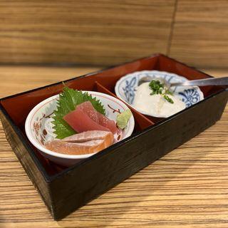 ちょい飲みセットの小鉢2種(お刺身、自家製 濃厚豆腐)