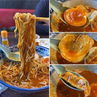 濃厚豚骨魚介辛口ラーメン(麺屋武士道船橋店)