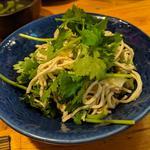 干し豆腐とパクチー和え物(鳥酎 )