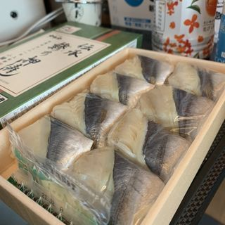 伝承 鯵の押し寿司(駅弁屋 品川宿 (品川1号売店))
