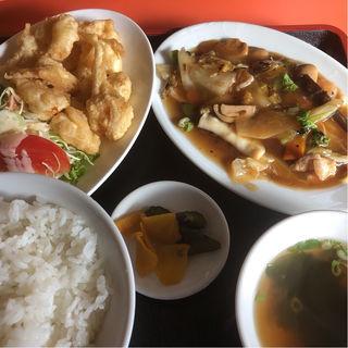 鳳鳴春セット(八宝菜 小海老天 スープ ライス)
