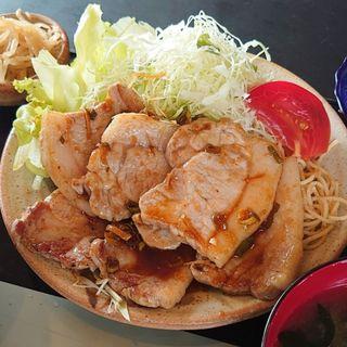 生姜焼き定食(げんこつ亭)
