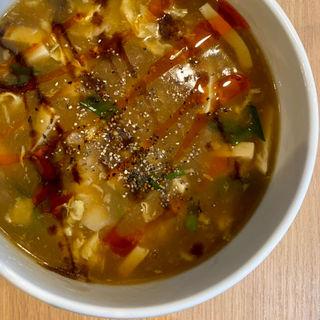 酸辣湯麺(中華ダイニング グルペット)