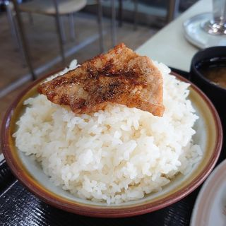生姜焼き定食(亀屋 (亀屋食堂))