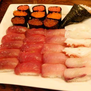 職人が握る寿司食べ放題ランチ(にぎり屋 新門 小山店 (SHIMON))