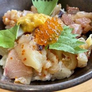 旬の海鮮丼ランチ(無添くら寿司 豊中豊南町店 )