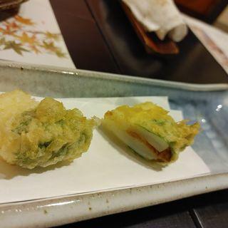 いかとうにの天ぷら(やさいと、 )