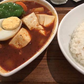 スープカレー(赤) チキン(スープカレー屋 鴻 神田駿河台店 (スープカレーヤ オオドリー))