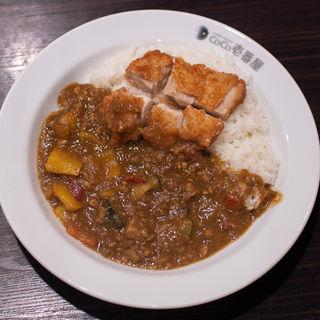 エスニックキーマカレー+パリパリチキン(カレーハウスCoCo壱番屋 姫路グランフェスタ店 )