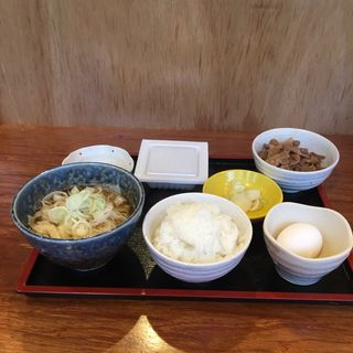 朝定食 納豆   ※肉増し(期間限定価格100円)(肉うどん さんすけ)