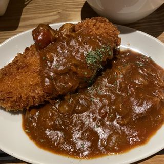 肉バルのメンチカツ(大衆肉バル カミイチ)