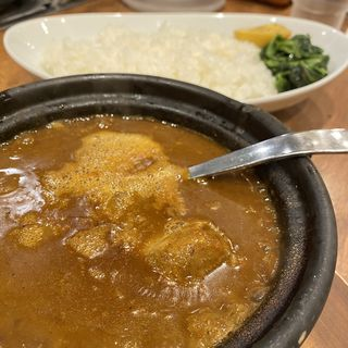 肉2倍牛すじ煮込みカレー(ホットスプーン 西新宿店)