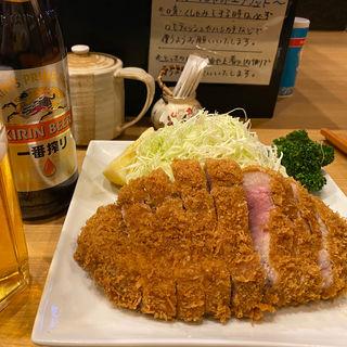 ロースカツ定食(とんQ)