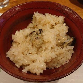 牡蠣の炊き込みご飯(花くし)