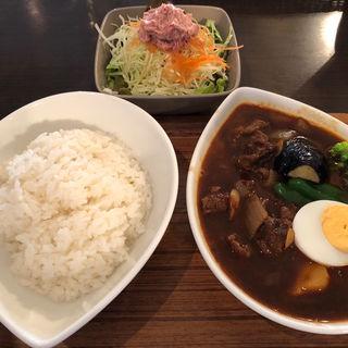 ビーフ200g(数量限定・黒スープのみ)(スープカレー屋 鴻 神田駿河台店 (スープカレーヤ オオドリー))