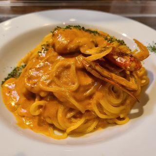 渡り蟹のトマトクリームソース(めがね食堂)