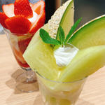 メロンパフェセット(イタガキ フルーツ カフェ (ITAGAKI FRUIT CAFE))