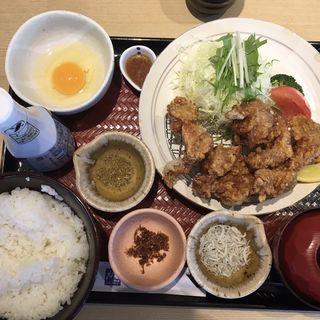 唐揚げ定食(大戸屋 新宿東口中央通り店 )