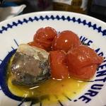 鯖とトマトのアヒージョ