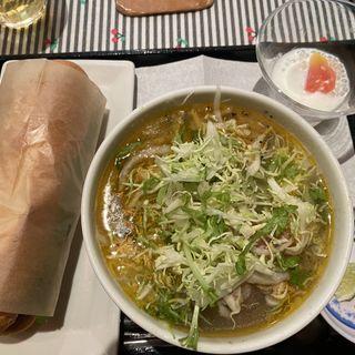 フォー&パインミー(KHANHのベトナムキッチン銀座999)