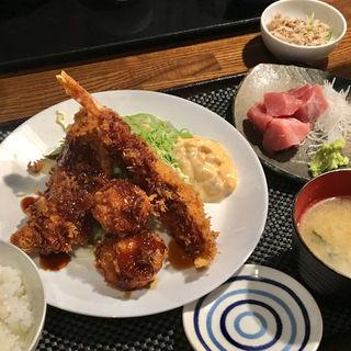 エビ・アジ・ホタテ定食(小田保 場外店)
