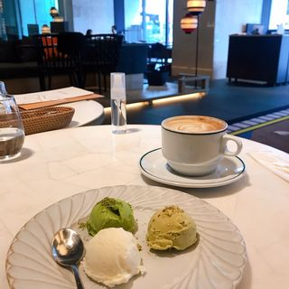 3種のアイスクリーム(SALONE VENDREDI)