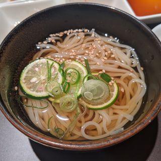 冷麺(三百屋 F3)