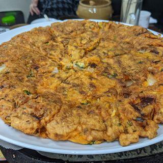 キムチチヂミ(韓国家庭料理 漢陽)