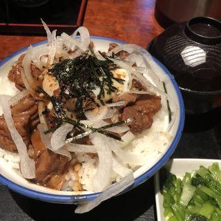牛もつ煮丼定食(駄菓子屋 )