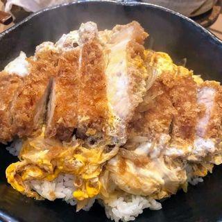 カツ丼(三節 (さんせつ))
