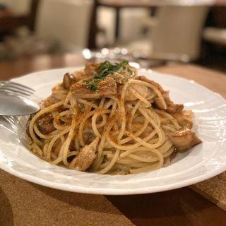 松茸とカラスミのスパゲティ(ヴィーニ デル ボッテゴン (VINI DEL BOTTEGON))