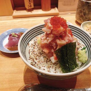 ぜいたく丼 梅(日本橋海鮮丼 つじ半 東京ミッドタウン店)