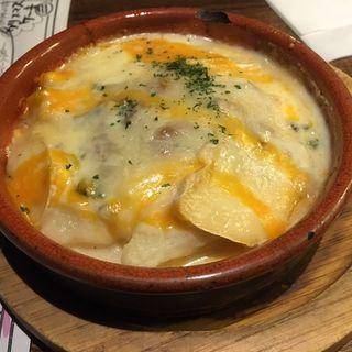 4種のチーズとじゃがいものグラタン(リグノーサカフェ)