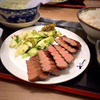 牛たん極定食 3枚6切(牛たん炭焼 利久tekuteながまち店)