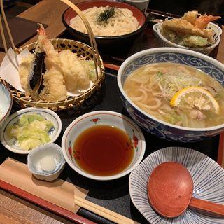 天ぷらと鶏柚子うどんセット(ひかり屋 天王寺ミオ )