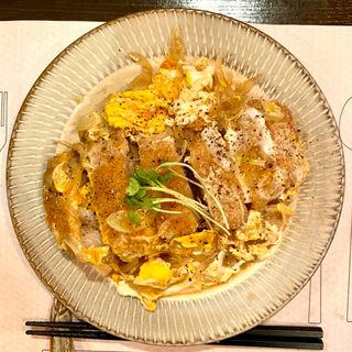 カツ丼(Living Dining 53)
