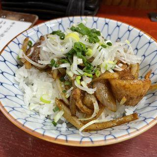豚トロ味噌焼肉丼(バラック ディー.エム竹末 (BARRACK D.M竹末))