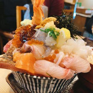 イクラ、ウニ乗せ海鮮丼(江戸富士 )