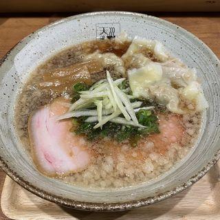 アグー背脂入ワンタン醤油らあめん(麺処 天川)