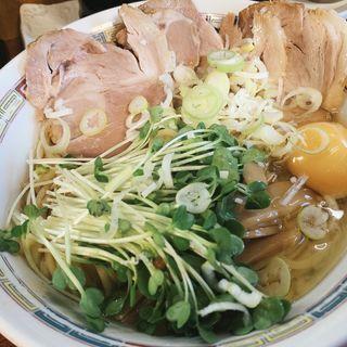 チャーシュー油そば中、生卵(宝華らぁめん (ホウカラァメン))
