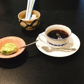 ピスタチオのアイス、ホットコーヒー(葉月 )
